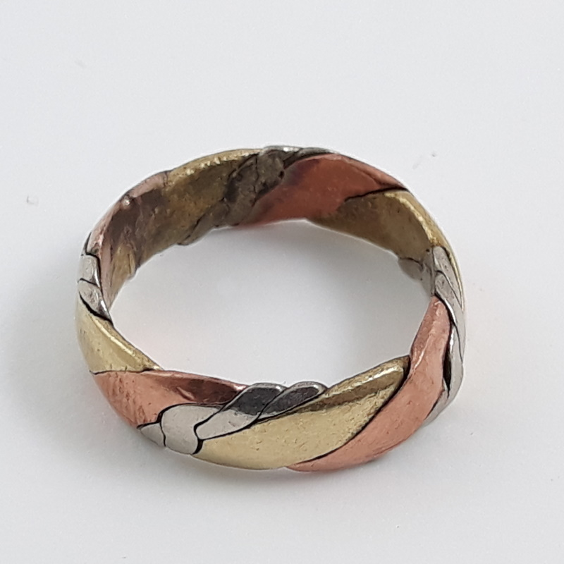 tri-colour ring